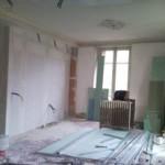 dpose-dun-mur-en-vue-de-donner-de-la-profondeur-la-pice-et-rfection-des-plafonds-anciens